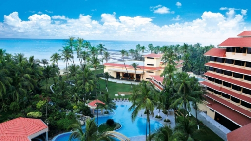 The Retreat Hotel and Convention Centre Madh