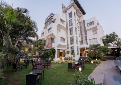 The Ren Hotels Nashik - Formerly known as Lily Sarovar