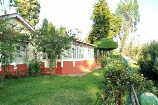 Wyoming Heritage Colonial Bungalow Ooty